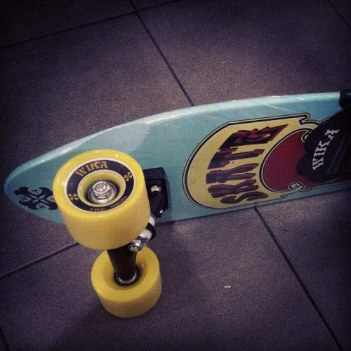 新滑板和Mi4还有bong2手环